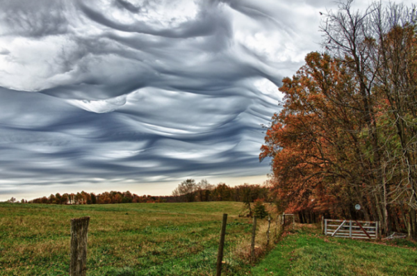 10-incredible-cloud-formations-9-600x397
