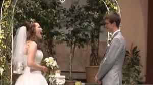 Bride-sings-down-aisle_7