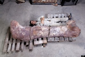 CORRECTION Argentina Giant Dinosaur