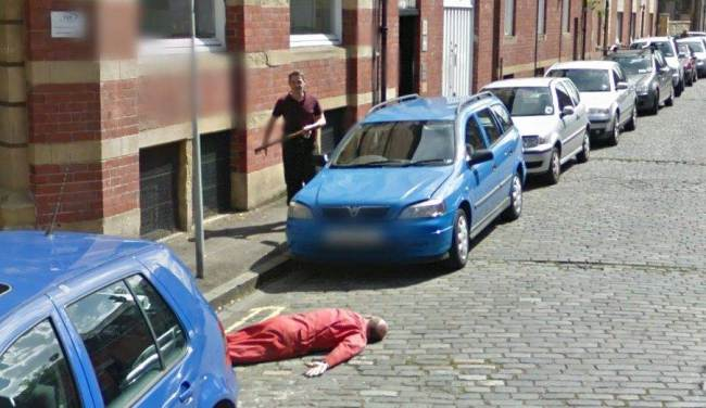 axe-murder-captured-on-Google-Street-View-3