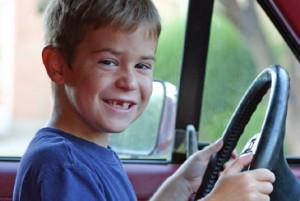 kid-driving-car