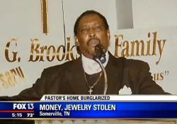 pastor-money-jewelry