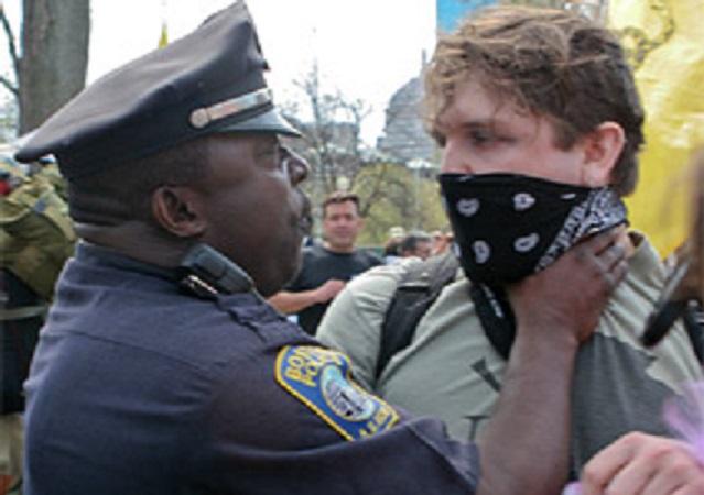 police-choke-protester-thumb