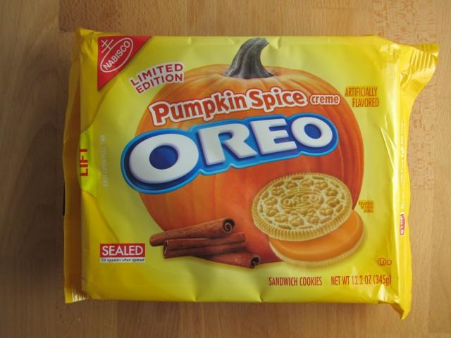 pumpkin-spice-oreos-01