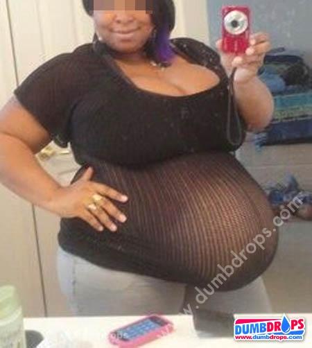 ratchet-pregnant-selfie