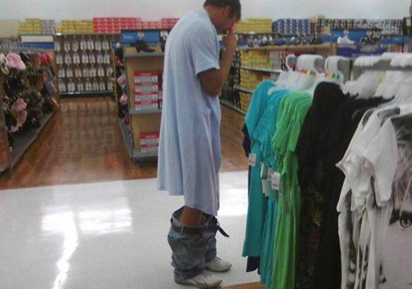 the-people-of-walmart-are-on-another-level-32-photos-12