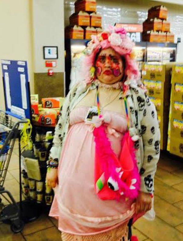 the-people-of-walmart-are-on-another-level-32-photos-20