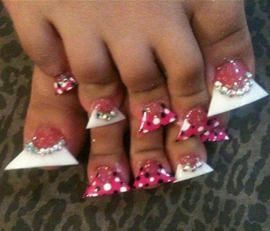 ugly-ratchet-nails-02-550x472